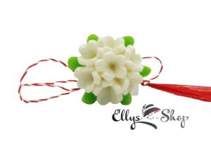 Brosa martisor elegant buchet de flori albe
