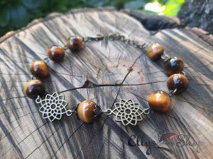 Bratara handmade pietre semipretioase ochi de tigru si accesorii bronz floarea vietii
