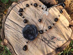 Colier handmade pietre semipretioase onix si trandafir negru din lut polimeric