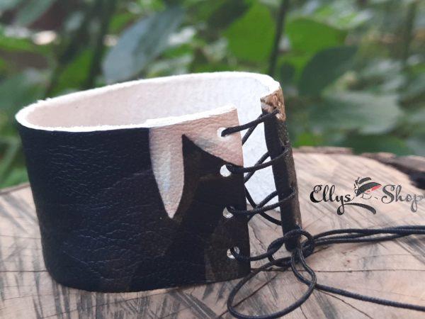 Bratara dama lata din piele neagra cu imprimeu fluture detaliu