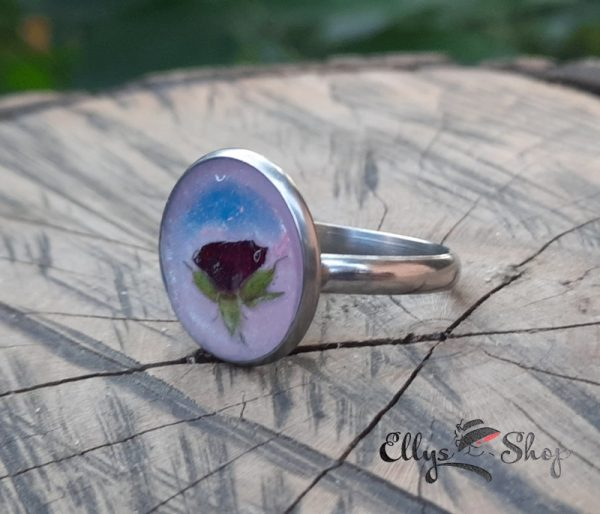 Inel dama inox cu flori naturale- boboc de trandafir